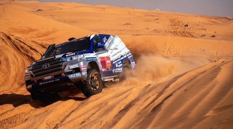 Elektryki i klasyki na starcie Rajdu Dakar 2022